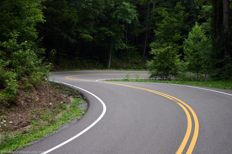Tail Of The Dragon: What This Deadly Stretch Of Road Is Like - The ...