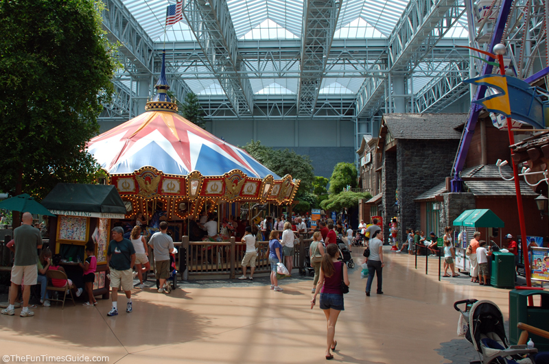 A Look Inside The 2 Largest Malls On Earth Fun Times