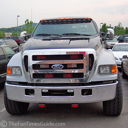 http://thefuntimesguide.com/images/blogs/ford_f650_front.jpg