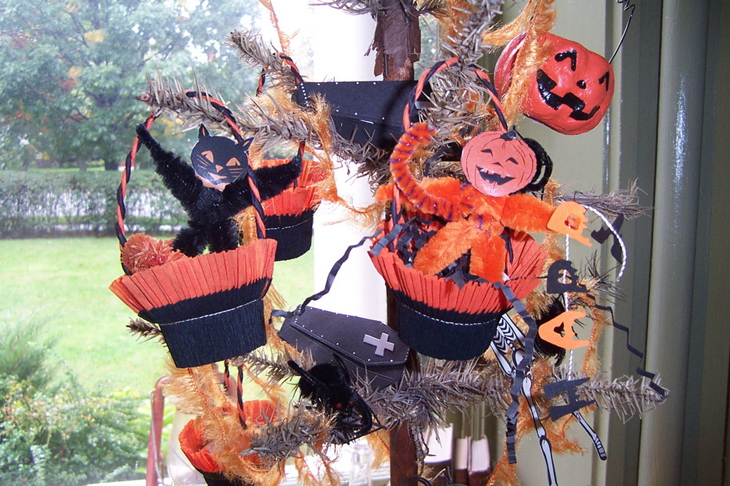 halloween tree by papernestjpg - Halloween Tree Decorations