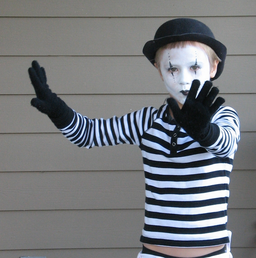 Hundreds of kids halloween costumes you can make yourself for Homemade diy