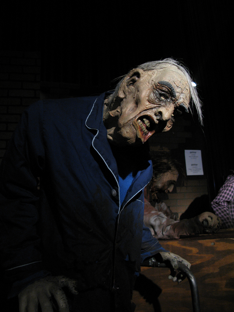 Realistic Halloween Yard Decorations That Will Scare Your - Horror Props