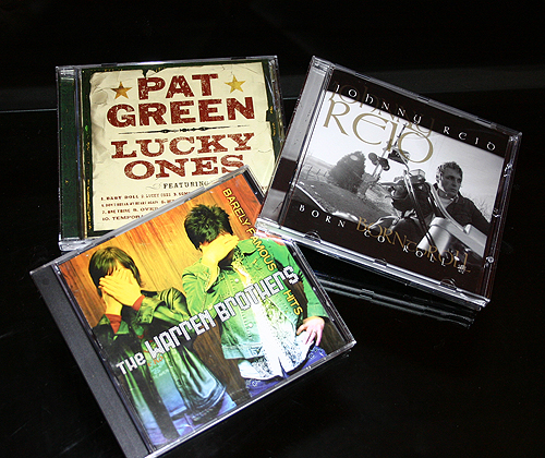 Great road trip CD - Pat Green 'Lucky Ones', Warren Brothers 'Barely Famous Hits' and Johnny Reid 'Born To Roll'.