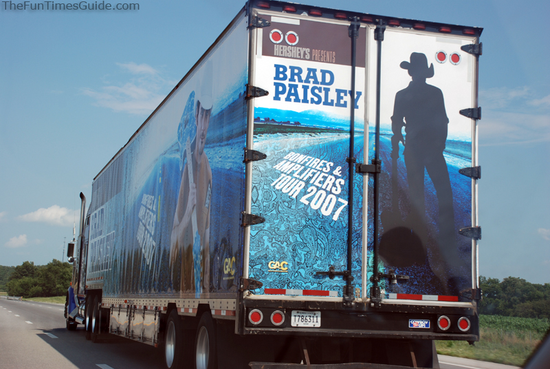 brad paisley  tour,brad paisley tour 2012,brad paisley tour dates,brad paisley concert tickets,taylor swift tour,kenny chesney tour,carrie underwood tour,brad paisley 5th gear tour,brad paisley tickets,