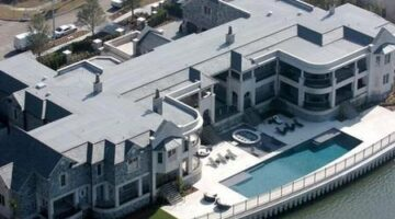 Derek Jeter's Tampa Mansion: Home Run or Foul Ball?