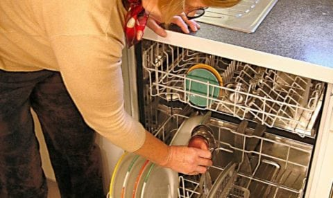This DIY dishwasher repair wasn't as hard as I thought it would be! Here's how to fix a dishwasher that won't drain.