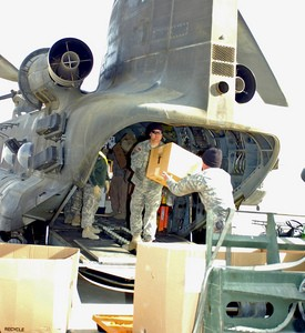 army-helicopter-delivers-packages-to-soldiers-by-TheUSArmy.jpg