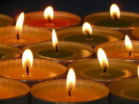 The liquid wax that gathers in the center of a candle is called the melt pool.