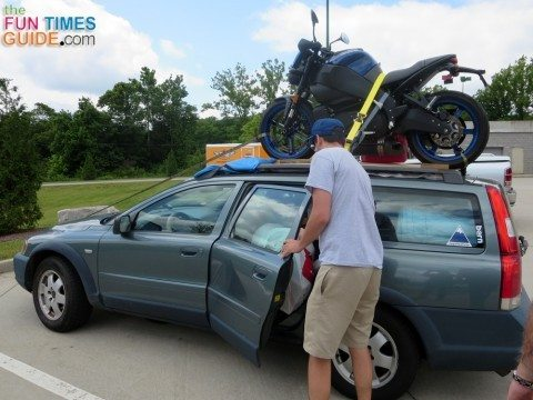 car-with-motorcycle-on-roof