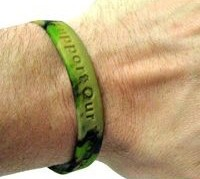green-camo-support-our-troops-wristband.jpg