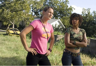 zoe-bell-and-tracie-thoms-from-grindhouse-movie.jpg